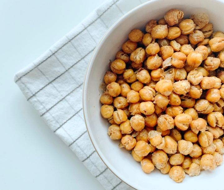 Roasted Chickpeas: a plant-based low-waste snack