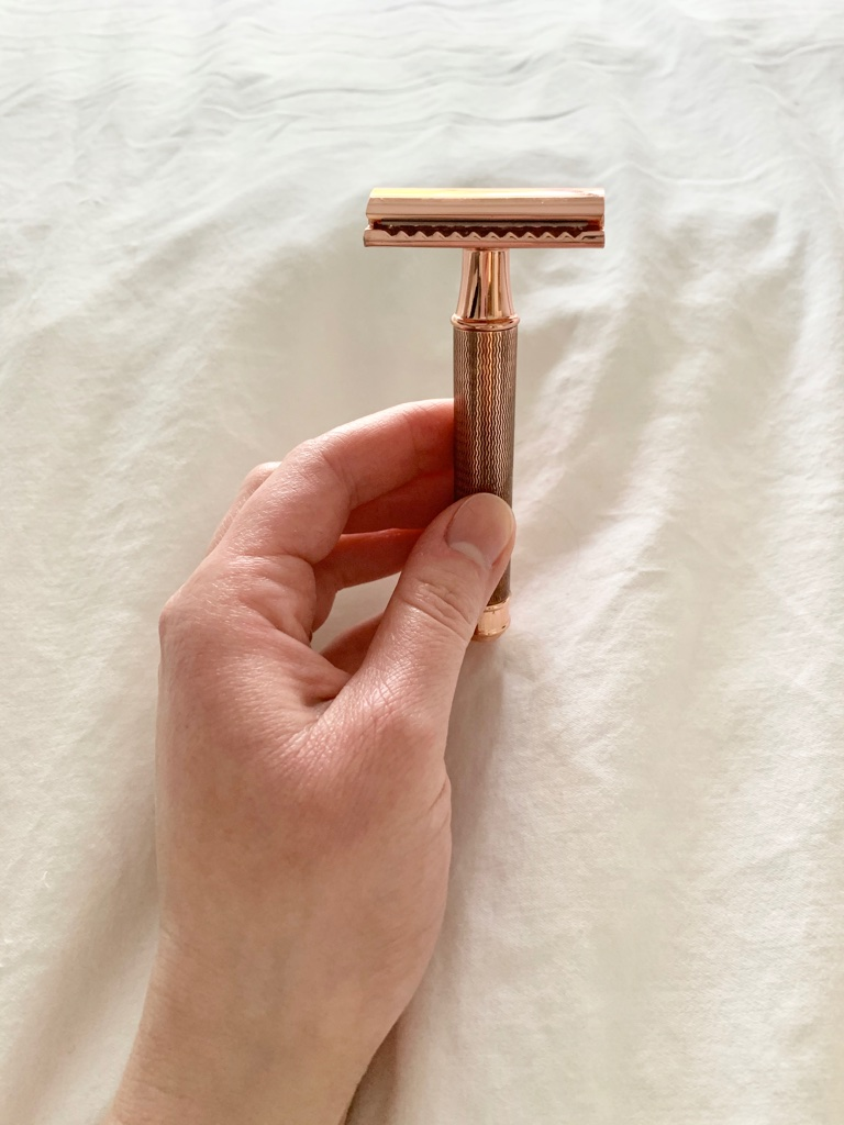 Safety razor; plastic-free shaving